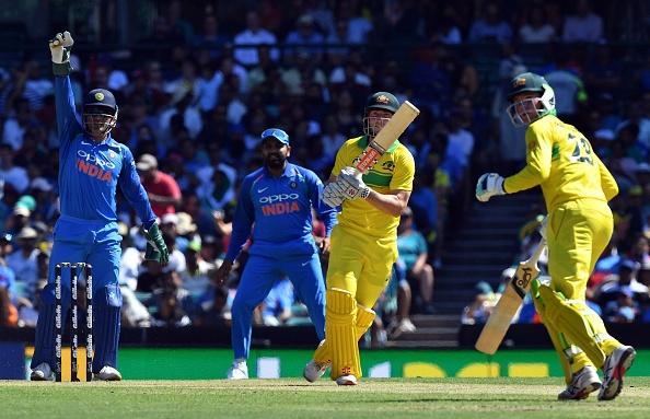 AUSvsIND : पीटर हैंड्सकॉम्ब ने लुटी वाहवाही, इस भारतीय खिलाड़ी का बना मजाक 12