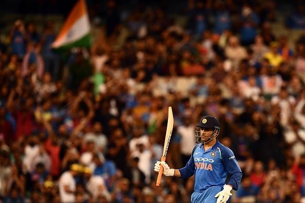 इस वजह से महेंद्र सिंह धोनी का बल्लेबाजी क्रम पक्का न होना भारतीय टीम के लिए फायदेमंद 3