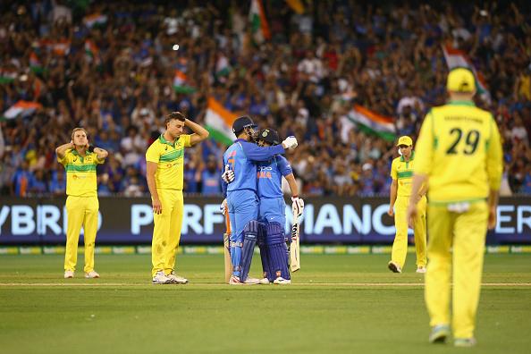 महेंद्र सिंह धोनी और चहल को क्रिकेट ऑस्ट्रेलिया ने दिया 500 डॉलर का इनाम, भड़क उठे सुनील गावस्कर 1