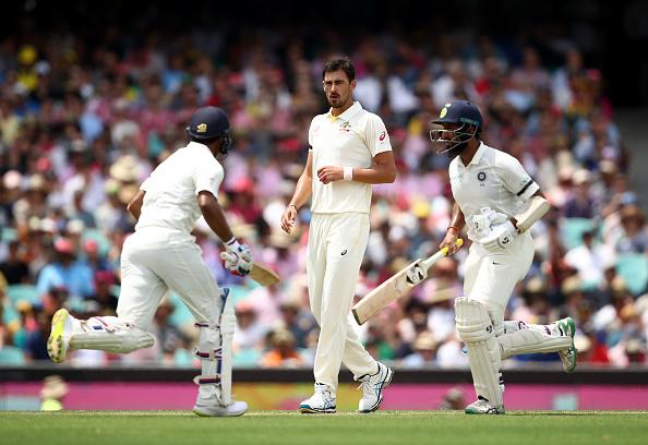 AUSvsIND: लंच रिपोर्ट: 14.1वें ओवर में ऑस्ट्रेलिया की इस बड़ी गलती के चलते टीम इंडिया को पहुंचा एक बड़ा फायदा 9