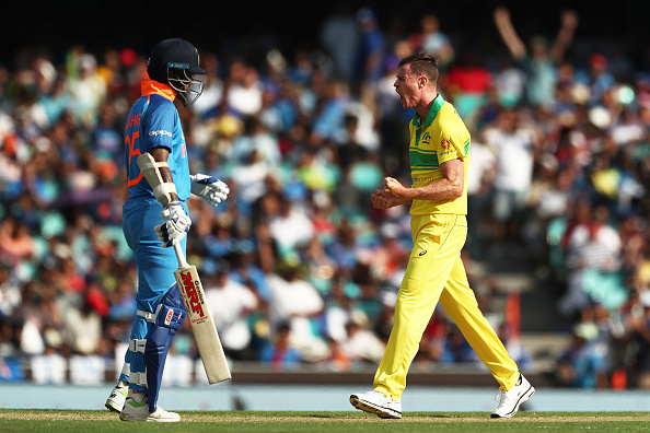 AUSvsIND, सिडनी वनडे: रोहित शर्मा की शतकीय पारी बेकार, ऑस्ट्रेलिया ने भारत को 34 रनों से दी मात 5