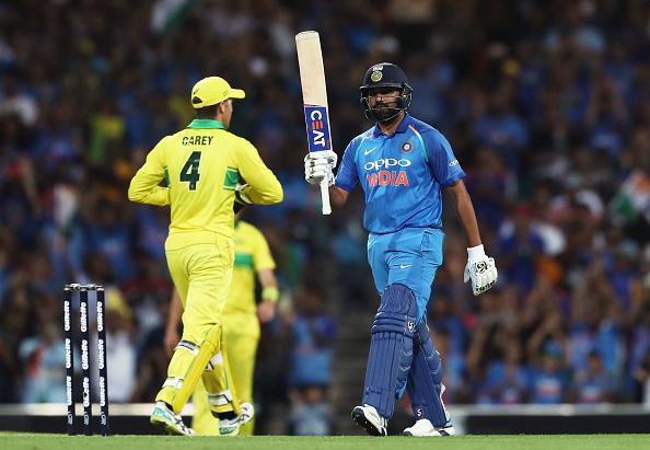 AUSvsIND, सिडनी वनडे: रोहित शर्मा की शतकीय पारी बेकार, ऑस्ट्रेलिया ने भारत को 34 रनों से दी मात 6