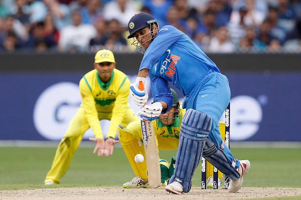 इस वजह से महेंद्र सिंह धोनी का बल्लेबाजी क्रम पक्का न होना भारतीय टीम के लिए फायदेमंद 5