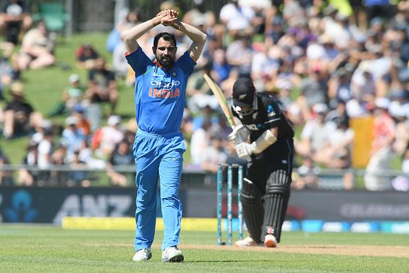 India vs New Zealand 2019 : 1.6 ओवर में मार्टिन गुप्टिल को बोल्ड करने के साथ ही मोहम्मद शमी ने रचा विश्व इतिहास 7