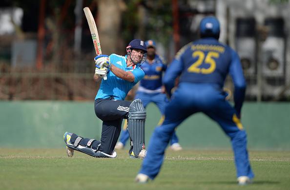 5 बल्लेबाज जिन्होंने वनडे क्रिकेट से ज्यादा टेस्ट मैचों में छक्के लगाये हैं, टॉप पर है यह दिग्गज 1