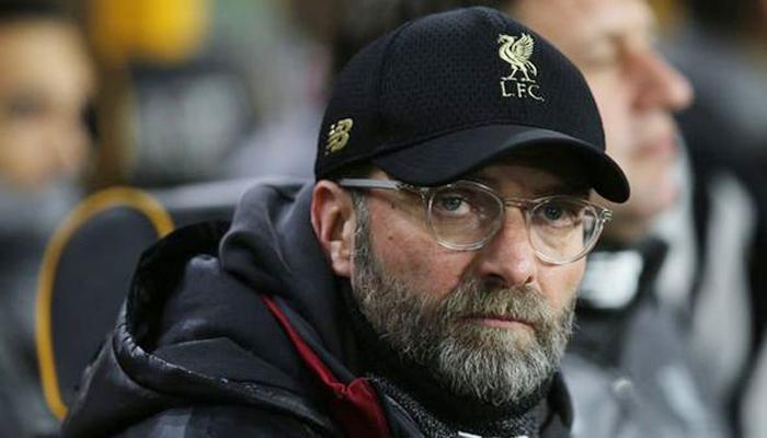 Liverpool Clap, Wain Dyke wins the award