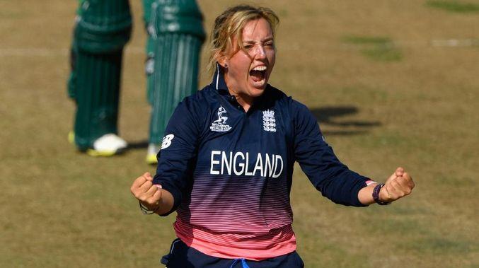 इंग्लैंड की महिला क्रिकेटर डेनिएल हेजेल ने इंटरनेशनल क्रिकेट से लिया संन्यास 2