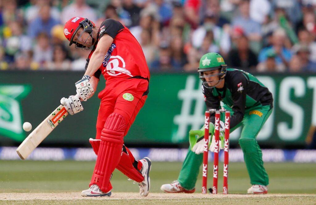 बिग बैश लीग- ग्लेन मैक्सवेल की मेलबर्न स्टार ने मेलबर्न रेनेगेड्स की टीम को 7 विकेट से दी मात 3