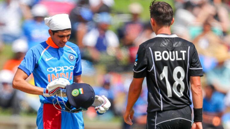 शुभमन गिल के फ्लॉप शो के बाद सुनील गावस्कर ने कही ये बात, इस खिलाड़ी को बताया भारत का भविष्य 6