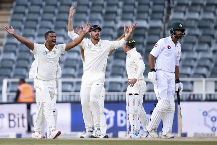 Johannesburg Test: Pakistan stopped South Africa 262 runs
