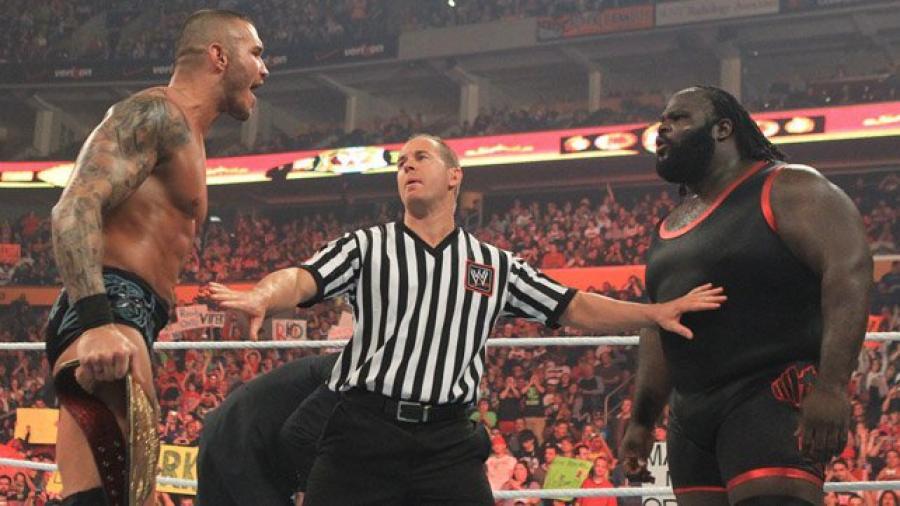 WWE के इतिहास के सबसे बकवास नजर आने वाले नियम, किसी रैसलर को नहीं हैं पसंद 4
