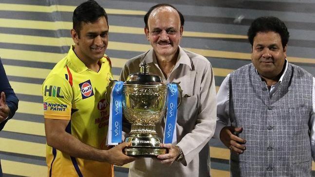 IPL 2019- इस आईपीएल सीजन में महेन्द्र सिंह धोनी तोड़ सकते हैं ये 4 रिकॉर्ड 4