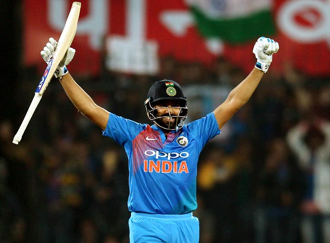 INDIA vs AUSTRALIA: ऑस्ट्रेलिया के खिलाफ पहले टी-20 में ये हो सकती है 11 सदस्यी भारतीय टीम, इस खिलाड़ी के पास डेब्यू का मौका 1