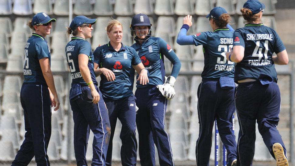 महिला क्रिकेट : इंग्लैंड ने भारत को 2 विकेट से दी मात 1