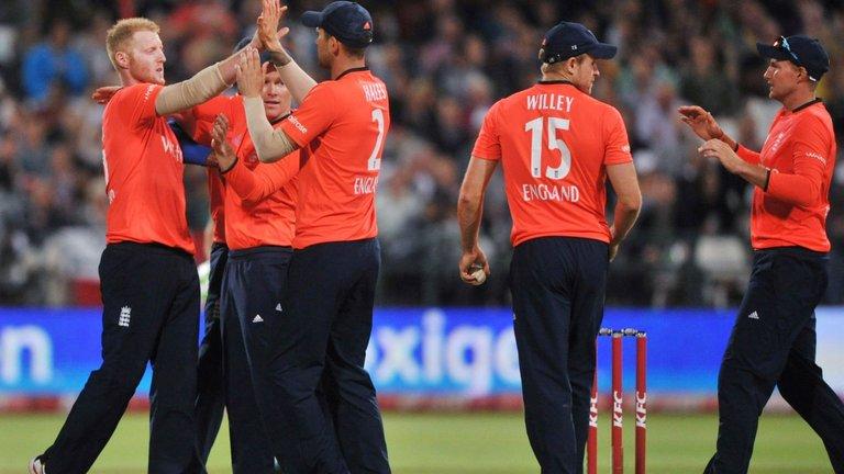 वेस्टइंडीज के खिलाफ टी-20 सीरीज के लिए इंग्लैंड की टीम घोषित, स्टार खिलाड़ियों को आराम 9