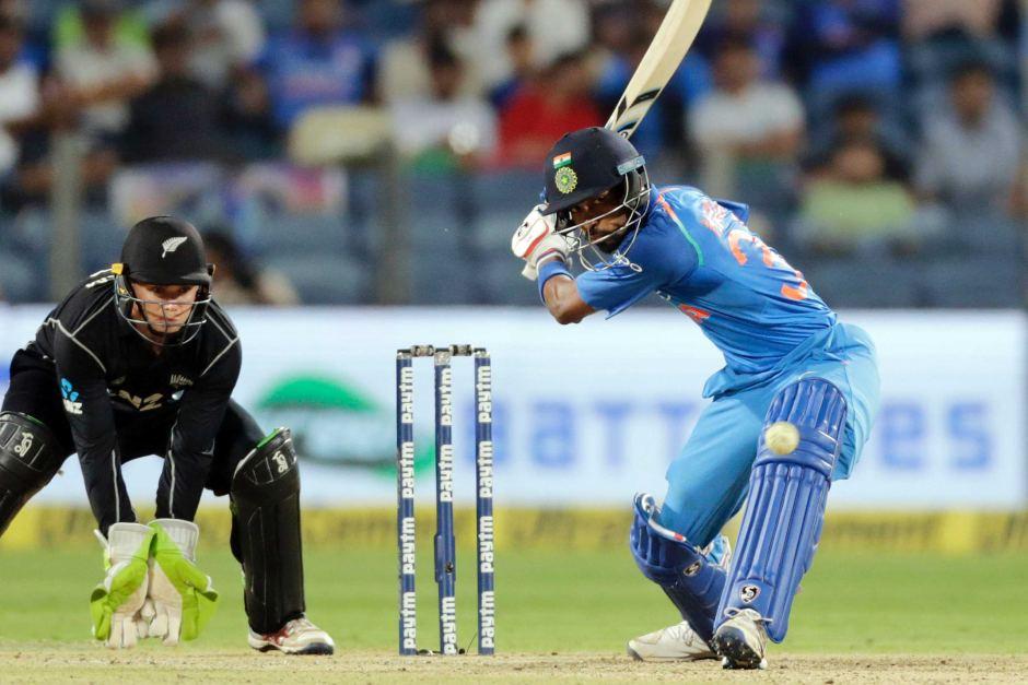 हार्दिक पांड्या ने खेले हैं अब तक 45 वनडे मैच, जाने 45 मैच बाद युवराज, हार्दिक और बाबर आजम में कौन है बेस्ट 1