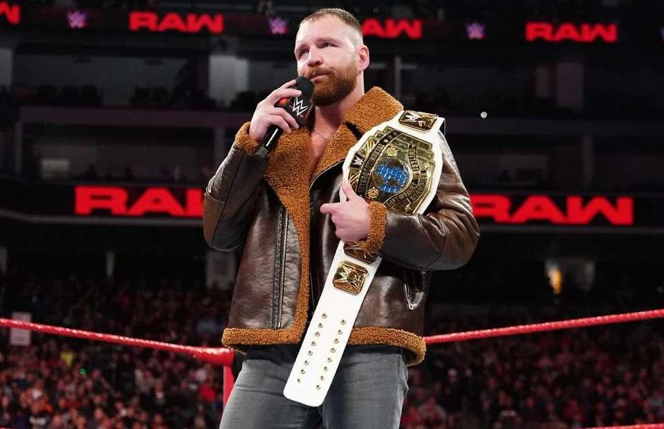 WWE में वापसी के बाद इस सुपरस्टार के साथ अपना ड्रीम मैच लड़ सकते हैं रोमन रेंस 4