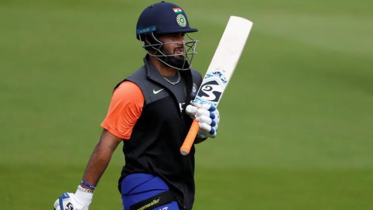 विश्व कप में ऋषभ पंत नंबर 4 पर करें बल्लेबाजी: मोहम्मद अजहरुद्दीन 1