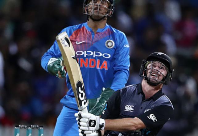 India vs Newzealand- 13.2 ओवर में कोलिन मुनरो का कैच पकड़कर देखने लायक थी हार्दिक पंड्या की प्रतिक्रिया, देखिए वीडियो