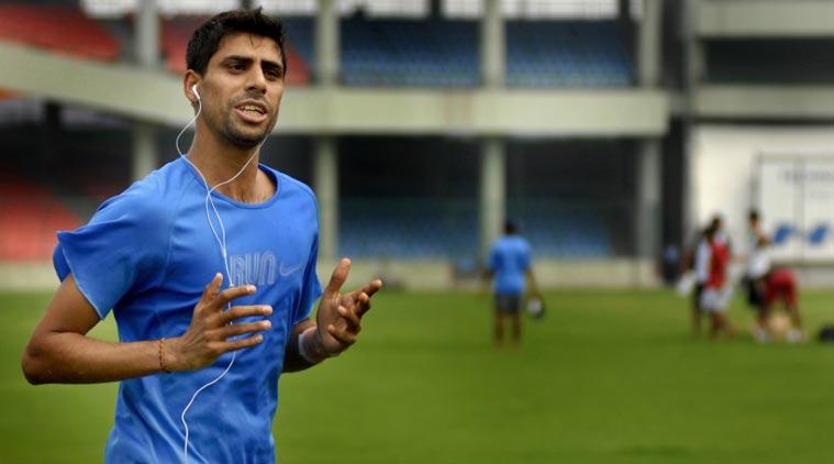 तेज गेंदबाजों के लिए आशीष नेहरा ने की चिंता जाहिर, कहा लॉकडाउन से होगा उन्हें बड़ा नुकसान 2