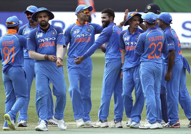 ऑस्ट्रेलिया के खिलाफ भारत की वनडे टीम घोषित, अंतिम 3 मैचों के लिए चुनी गयी टीम खेलेगी विश्वकप 4