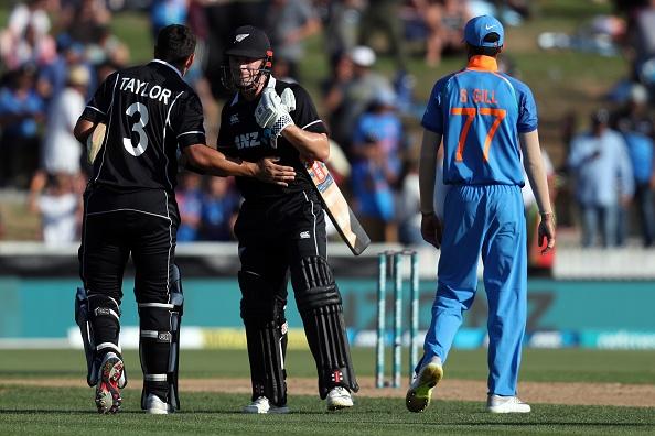 92 के स्कोर पर आल आउट हुई टीम इंडिया के बचाव में उतरे सुनील गावस्कर, कही ये बात 3