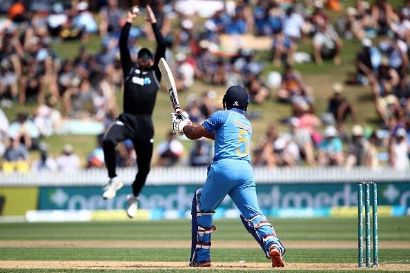 92 के स्कोर पर आल आउट हुई टीम इंडिया के बचाव में उतरे सुनील गावस्कर, कही ये बात 1