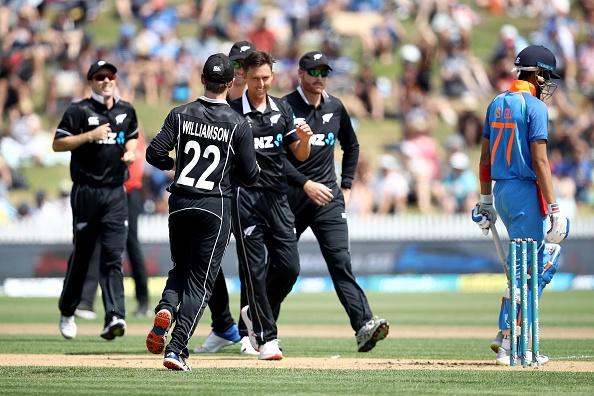 92 के स्कोर पर आल आउट हुई टीम इंडिया के बचाव में उतरे सुनील गावस्कर, कही ये बात 2