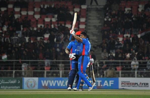 टी 20 में 162 रनों की धुआंधार पारी खेलने वाले हज़रतुल्लाह ज़ज़ाई हैं महेंद्र सिंह धोनी के प्रशंसक 1