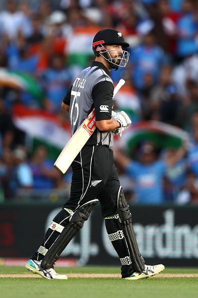 वीडियो : विकेट के लिए परेशान भारतीय टीम ने आज मैदान पर बिल्कुल नहीं दिखाया खेल भावना, किया कुछ ऐसा 1