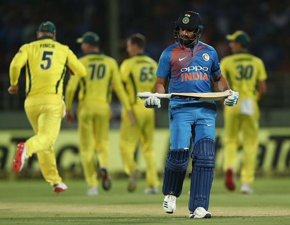 IND vs AUS : STATS: पहले टी-20 में बने कुल 9 रिकॉर्ड, धोनी के नाम जुड़ा ये शर्मनाक रिकॉर्ड 2