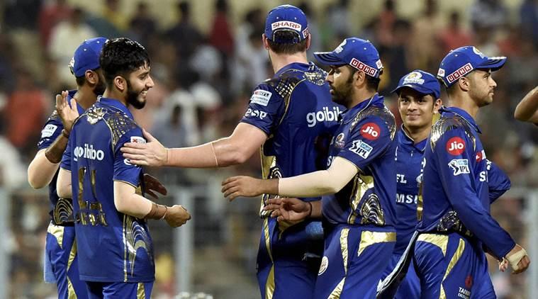 आईपीएल 2019: तीन बार की विजेता मुंबई इंडियंस ने नई किट लॉन्च की, देखें मुंबई की ये नई जर्सी 5