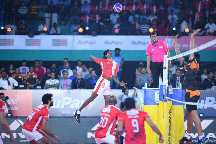 Rupee Pro Volleyball League: Calicut Heroes beat Hyderabad by 3-2, place in playoff