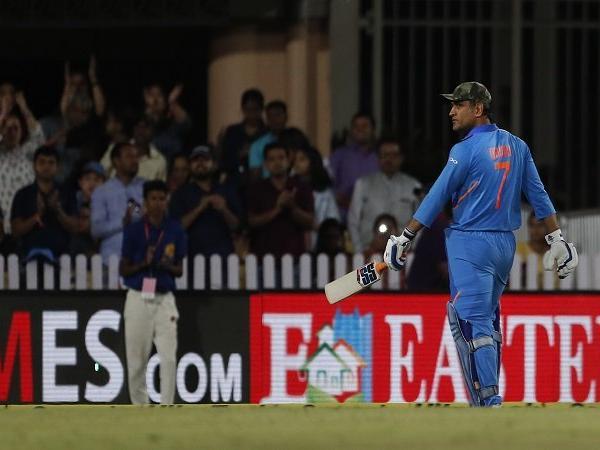 INDIA vs AUSTRALIA: महेंद्र सिंह धोनी को बाकी बचे 2 वनडे मैचों से मिला आराम, ये रही वजह 32