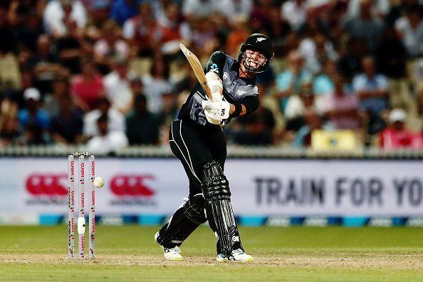 5 मौके जब गेंदबाज ने मांकडिंग कर अपनी टीम को जीताया मैच, टॉप पर हैं भारतीय विश्वविजेता कप्तान 3