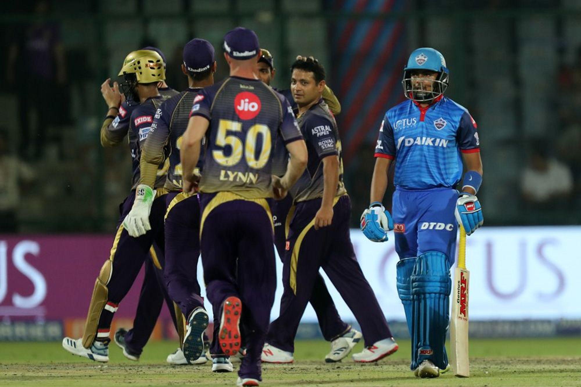DCvsKKR : पृथ्वी शॉ की तूफ़ान में उड़ा केकेआर, सुपर ओवर में दिल्ली ने केकेआर को 3 रन से हराया 64