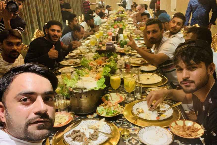 युसूफ पठान ने दी शादी की सालगिरह की पार्टी, देखें खिलाड़ियों के जश्न की तस्वीरें 14