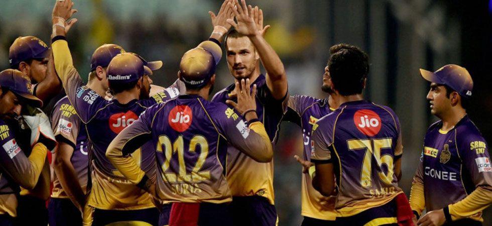 कोलकाता नाईट राइडर्स ने आईपीएल से पहले चली बड़ी चाल, इंग्लैंड के इस खिलाड़ी को बनाया फील्डिंग कोच 3