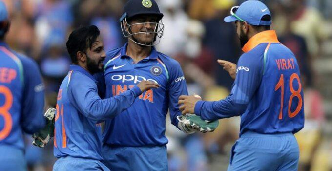 INDIA vs AUSTRALIA: पहले वनडे में शानदार जीत के बाद दूसरे वनडे से इन 3 खिलाड़ियों को बाहर कर सकते हैं विराट कोहली 10