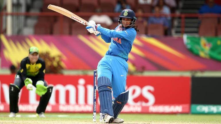 INDvAUS : भारतीय टीम को लगा बड़ा झटका, स्मृति मंधाना हुई गंभीर रूप से चोटिल 5