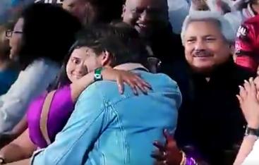 वीडियो : शुभमन गिल ने लगाया सनराइजर्स हैदराबाद के खिलाफ विजय छक्का, तो देखने लायक था शाहरुख़ खान का रिएक्शन 3