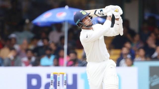 5 खास टेस्ट रिकॉर्ड जो गेंदबाजों ने बल्लेबाजी करते हुए दर्ज किए हैं अपने नाम 22