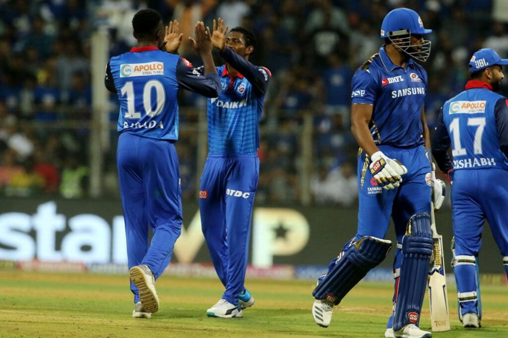 MIvsDD : रोहित शर्मा की इस गलती की वजह से मुंबई इंडियंस को दिल्ली कैपिटल्स के खिलाफ मिली 37 रन की हार 3