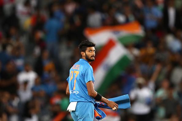 मोहम्मद शमी के खिलाफ पुलिस ने की चार्जशीट, अब ये गेंदबाज विश्व कप में ले सकते हैं उनकी जगह! 1