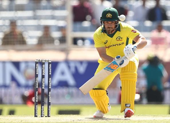 INDvsAUS, रांची वनडे: ऑस्ट्रेलिया की शानदार बल्लेबाजी के बीच ट्विटर पर बना इस भारतीय खिलाड़ी का मजाक 8