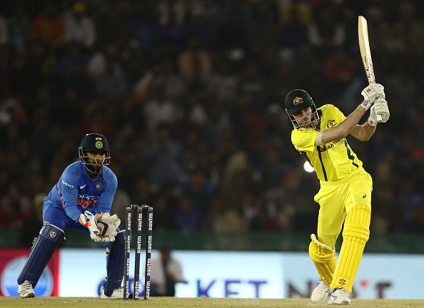 IND vs AUS: चौथे वनडे में भारत की शर्मनाक हार, ऋषभ पंत पर उतरा लोगों का गुस्सा 1
