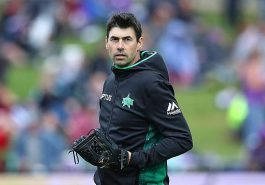 Fleming resigns as coach of Melbourne Stars