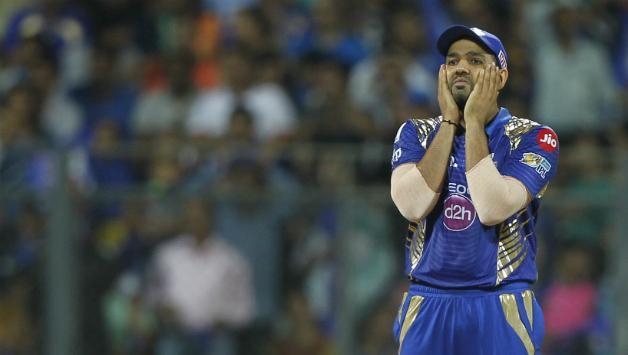 IPL 2019- पंजाब के साथ मिली हार के बाद रोहित शर्मा को लगा दोहरा झटका, स्लो ओवर रेट के कारण लगा जुर्माना 8
