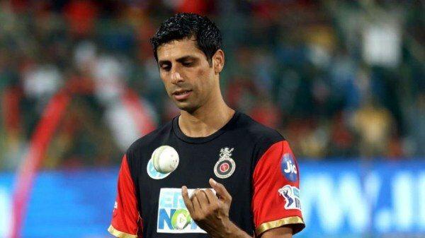 आशीष नेहरा ने बताया, आईपीएल में कौन है दो सर्वश्रेष्ठ कप्तान 1