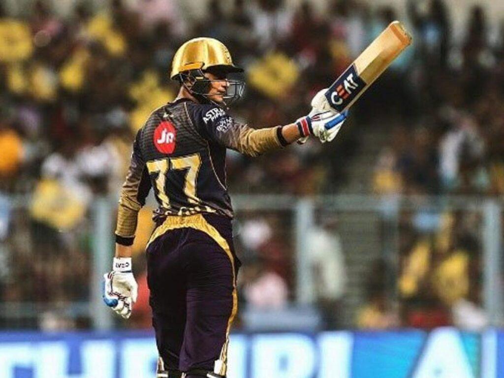IPL 2019- दिनेश कार्तिक ने बताया क्यों शुभमन गिल से नीचे करवाते हैं बल्लेबाजी 3